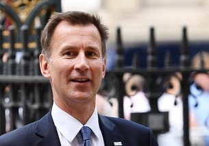 Primo piano di Jeremy Hunt.